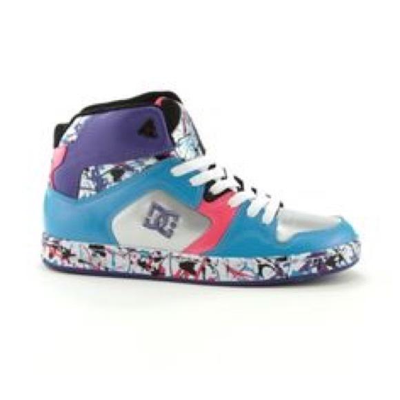 dc shoes splatter paint slate poshmark rh poshmark com Splatter Paint Glass Beats with Splatter Paint Design